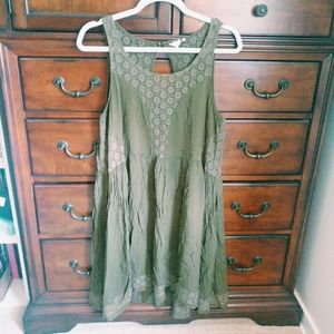 Flowy Anthropologie sundress